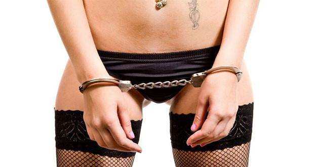 cuffs001
