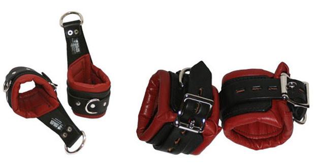 cuffs003